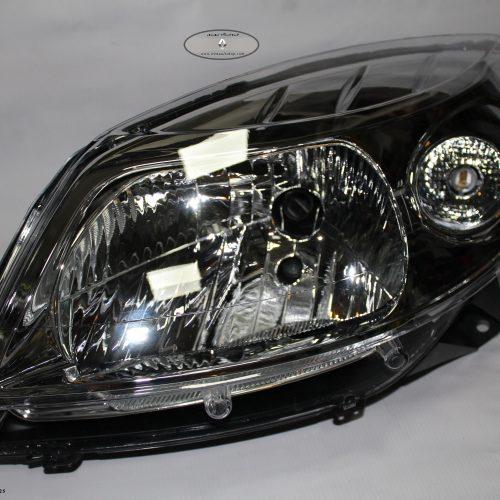 چراغ جلو ( بلوری ) رنو ساندرو | لوازم یدکی و برقی و موتوری و گیربکس و سرسیلندر و بدنه و آپشن های اسپرتی محصولات رنو